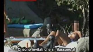 Tg spagnolo foto Villa Certosa censurate (in Italia)