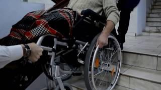 видео Аксессуары для инвалидных колясок