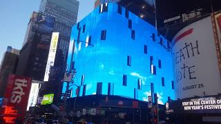 20 Times Square / NFL Experience Store LED Board - Cirque De Soleil