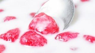 [Thai Dessert] Crispy Ruby   Red Water Chestnuts in Coconut Milk (Tub Tim Grob)