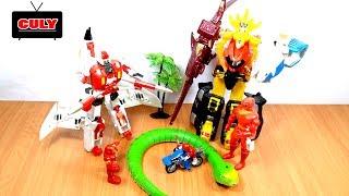 Siêu nhân gao đỏ đánh người máy Iron Man giải cứu con rắn đồ chơi trẻ em robot