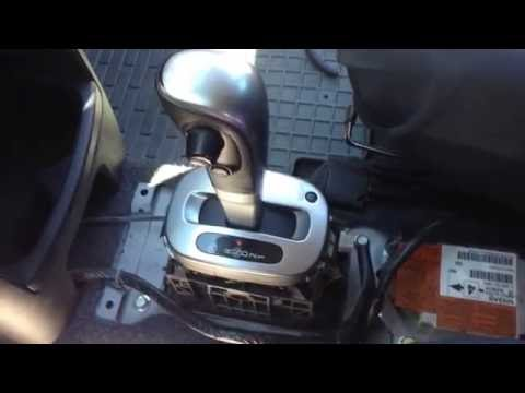 Замена лампочки подсветки АКПП Nissan Note 1.6