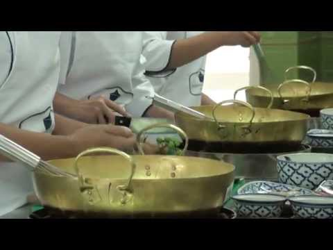 รายการฟ้าใสตอนที่ 19 คอร์สสอนทำอาหารระยะสั้นที่ โรงเรียนสอนทำอาหารไทยเบญจรงค์