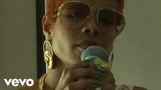 "Kelis - Kelis Live at the Cherrytree House  Part 3 ""Brave"""