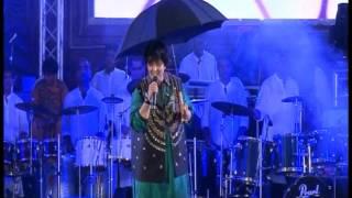 Pari Hu Main : Falguni Pathak Navratri 2012