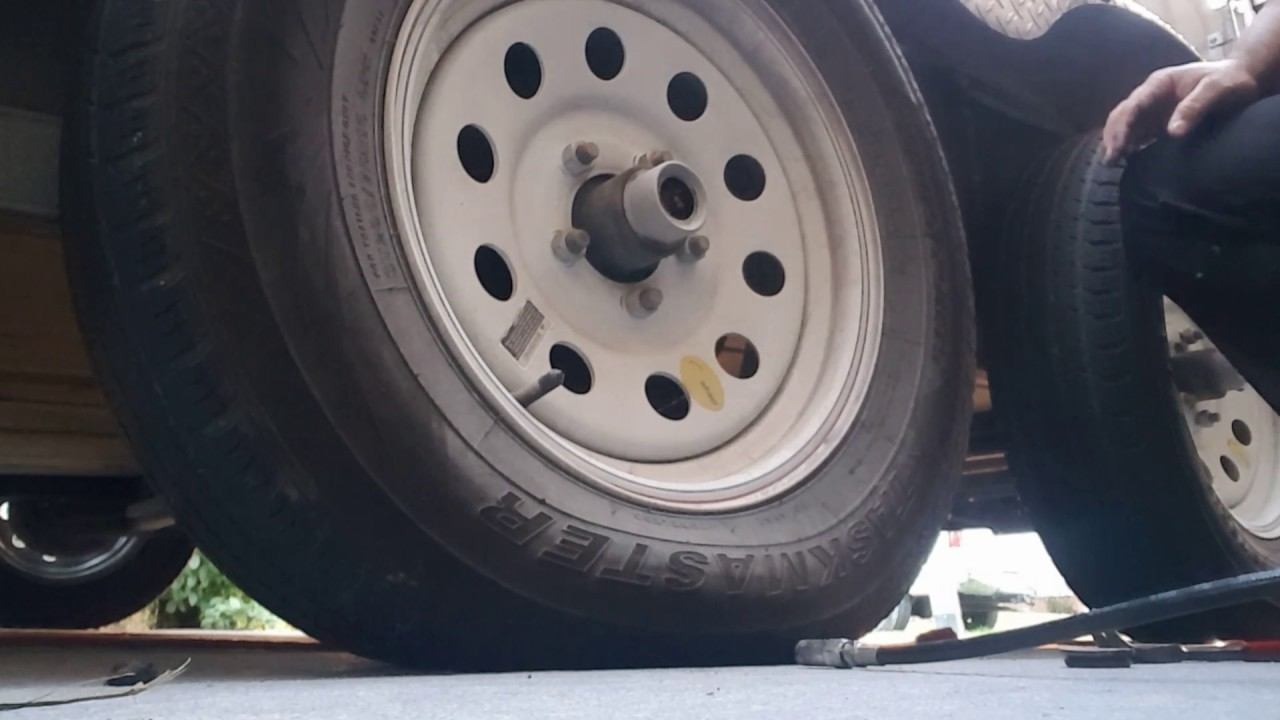 HOW TO GREASE THE AXLE ON YOUR TRAILER