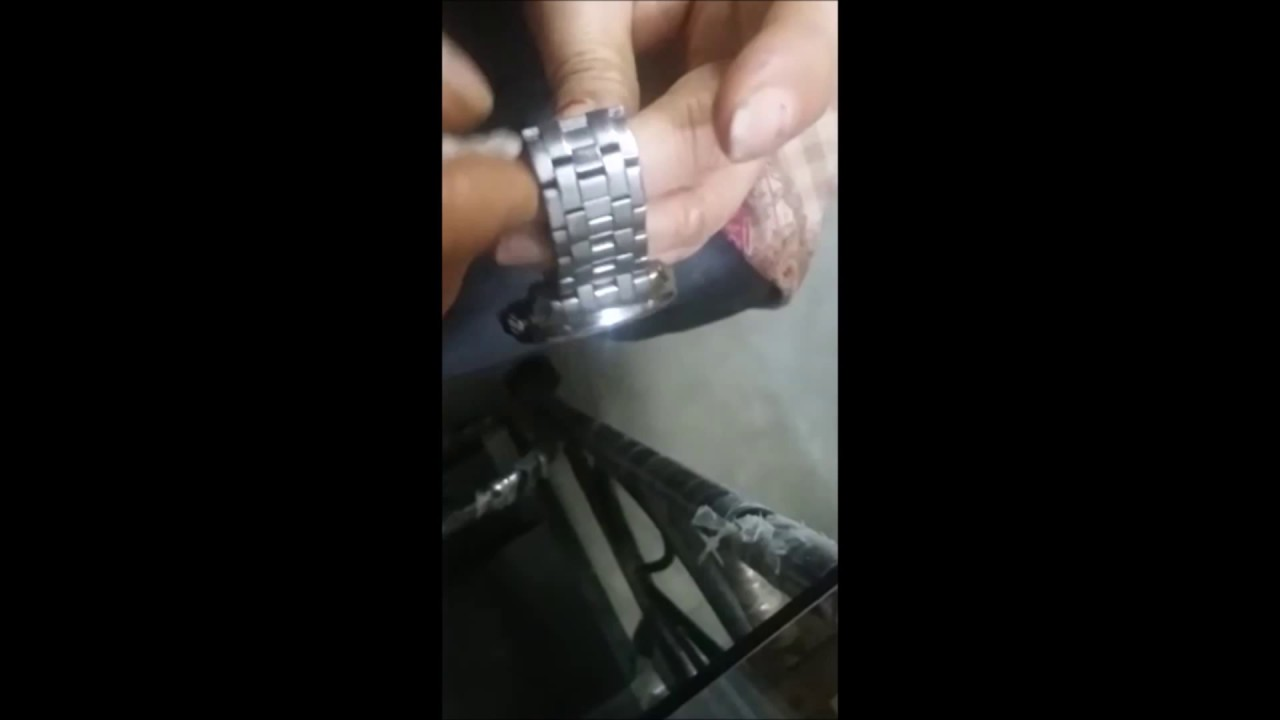how to remove dirt rust from stainless steel wrist watch band youtube. Black Bedroom Furniture Sets. Home Design Ideas