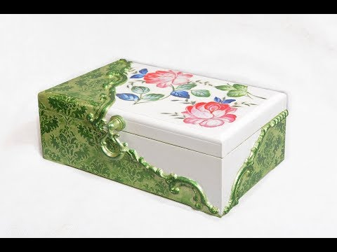 decoupage-box-with-rice-paper-&-silicone-molds-diy