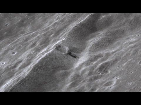 Εξωγήινο σκάφος συνετρίβη στη Σελήνη