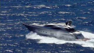 luxury yacht in the waves vol.1