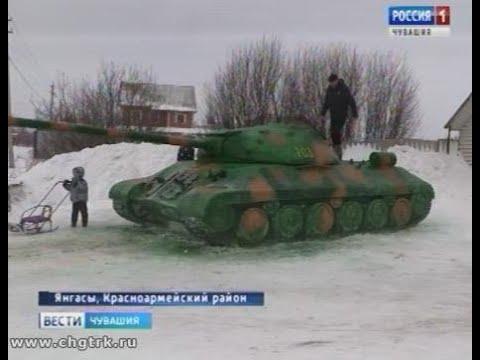 Житель деревни в Красноармейском районе слепил танки из снега