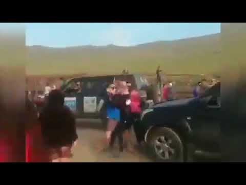 На Байкале китайцы массово приезжают на паром на Ольхон и в очереди прогоняют руssких.