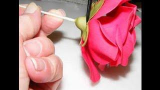 Торт букет роз из мастики(Как сделать розу для торта. Предлагаю посмотреть мастер класс как сделать красивую розу для торта из сахарн..., 2014-07-30T16:12:44.000Z)