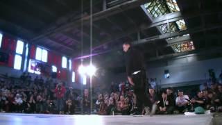 Daro vs. Huher (Adidas Originals Rocks the Floor)