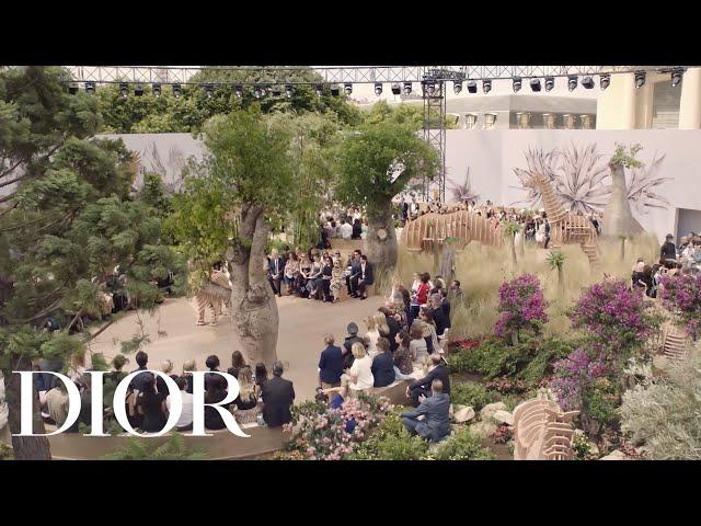 Autumn-Winter 2017-18 Haute Couture show - Full version