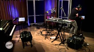 "Chet Faker performing ""1998"" Live on KCRW"