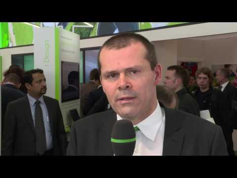 Schneider Explains Digitization in Hannover