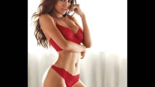 Video Woman With Red Bra!!!!!!!!!!!!!!! download MP3, 3GP, MP4, WEBM, AVI, FLV Januari 2018