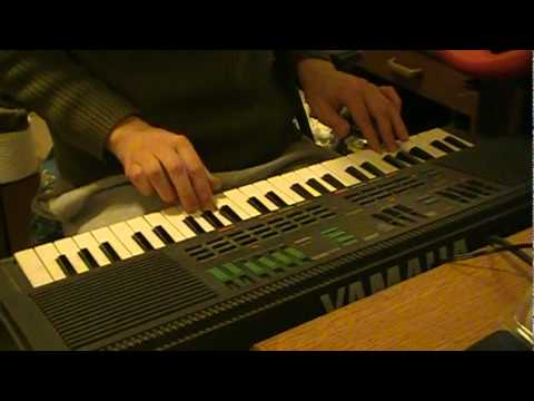 Wallace & Gromit Theme on 1986 vintage Yamaha PSS-460 synthesizer
