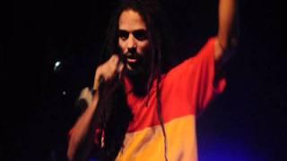 Regarde-moi (Live), Afrikaf