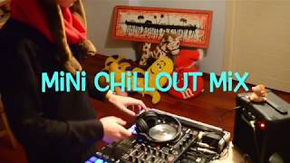 Mini Chillout Mix in live DDJ-SR Pioneer (Mon Madhatter)