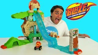 Blaze and the Monster Machines Animal Island Stunts Speedway ! || Toy Review || Konas2002