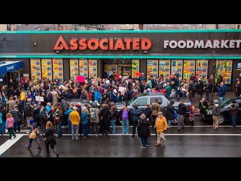 Stop Walgreens in Hudson Heights! UPDATE 5/12/16 !!!!! WE DID IT!!