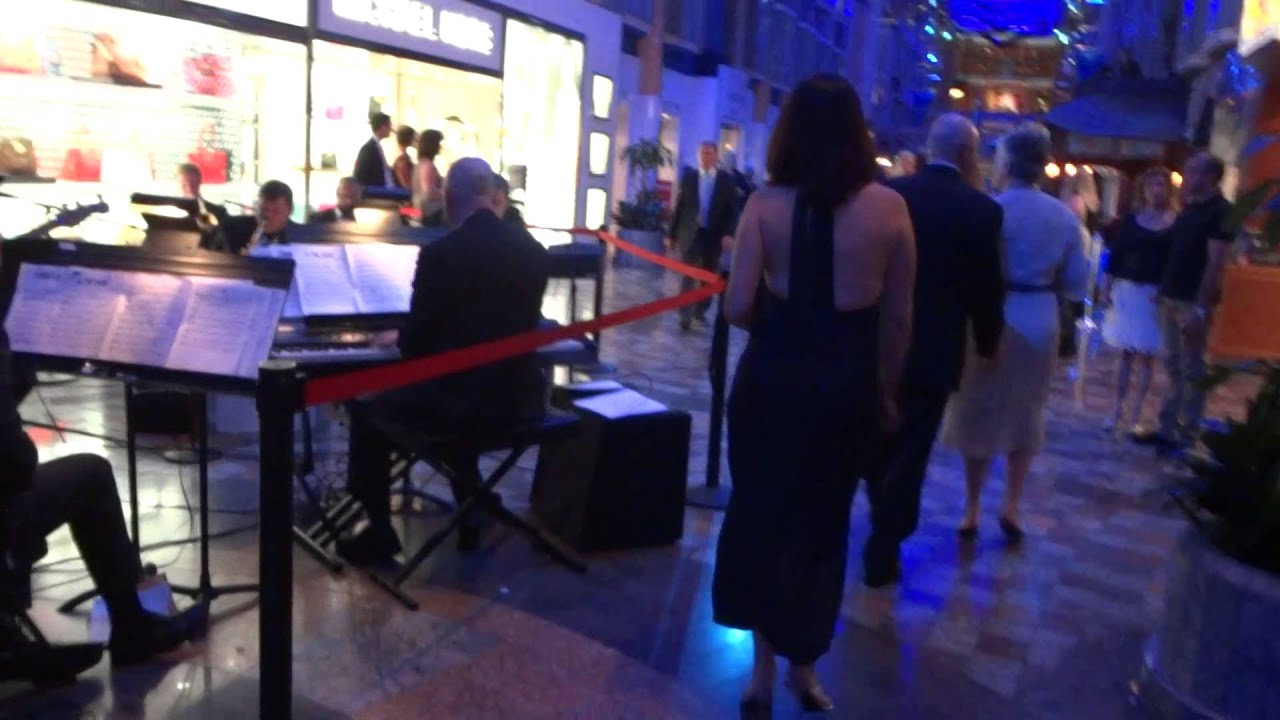 Royal Caribbean Independence Of The Seas Formal Night Youtube