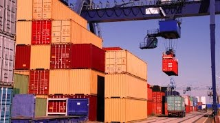 Moller-Maersk: контейнерные перевозки теряют прибыль(Одна из крупнейших транспортных и энергетических компаний мира Moller-Maersk закончила четвертый квартал прошло..., 2016-02-11T15:00:16.000Z)