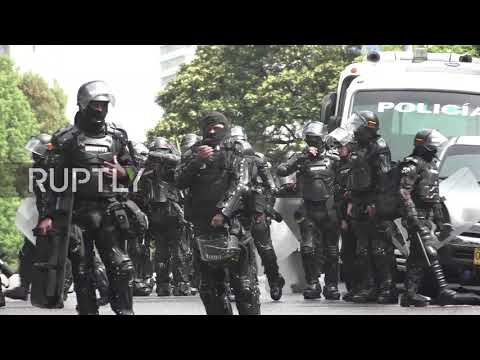 Colombia: Bogota students rage against newly elected Duque