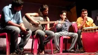 Fun with Music - Deborshee Bhattacharya Jams Classical Music with Dhak played by Arjun Banerjee