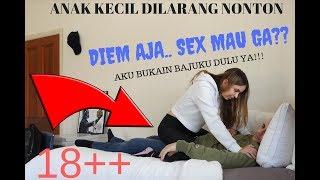 Download Video 18 + PRANK : Diemin Cewek Tapi Diajak SEX? Bingung Jawab Atau Ngga MP3 3GP MP4
