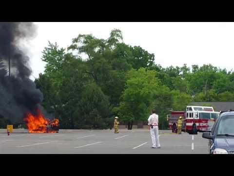 Car Fire At Home Depot Hill Rd Flint 6-22-16 Pt2