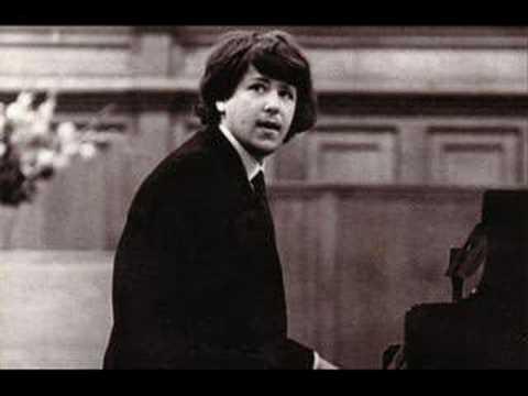 Andrei Gavrilov plays Chopin Ballade No 1 in G minor