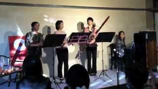 東日本復興支援のイベントで、「さくら」を演奏しました。 2012年3...