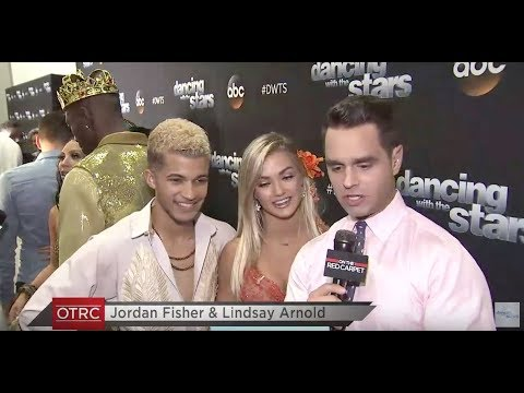 On the Red Carpet at Dancing With The Stars – WEEK 5