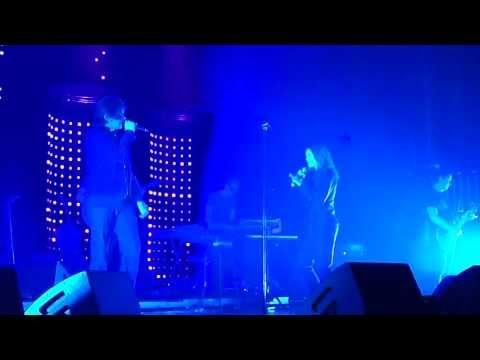 Profite (trèèès court extrait) ~ Benjamin Biolay feat. Vanessa Paradis ~ AB Bruxelles (26-04-2013)