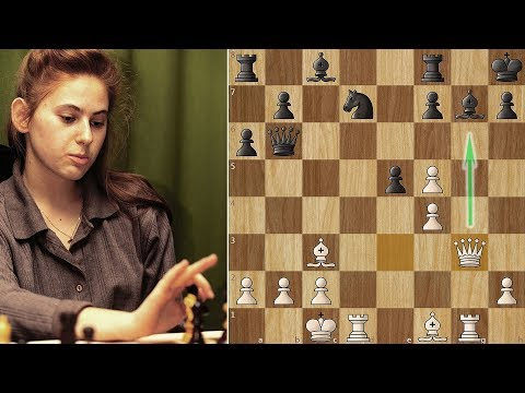 Best Female chess player Crushes Vishy Anand