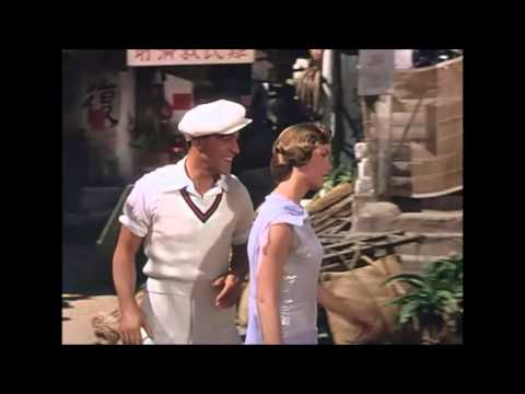 Singing in the rain - charming scene - Kathy and Don