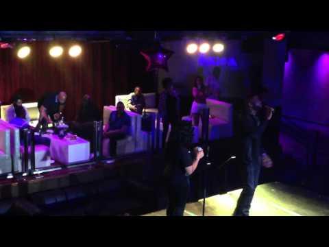 @rockstarr_diva X Dwyane Wade Sr. #Karaoke Duet at @cafeiguanas