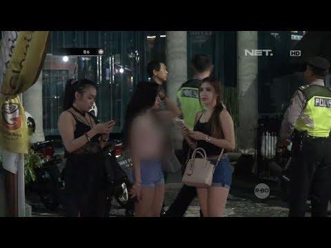 3 Wanita Yang Sedang Berlibur Ini Kebingungan Saat Diperiksa Petugas - 86