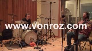 Von Roz - Shadow Puppets (Studio)
