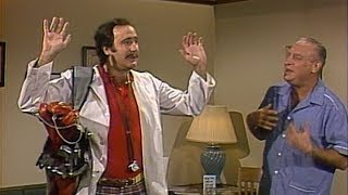 Andy Kaufman as Dr. Vinnie Boombatz (1983)
