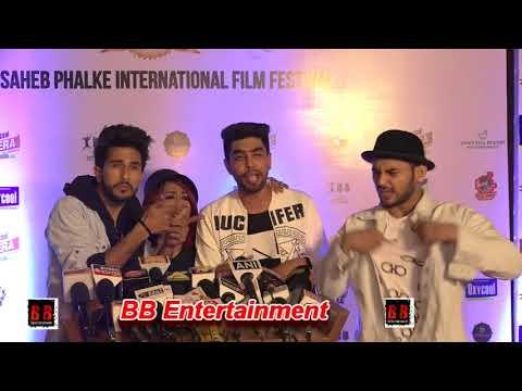 Uncut Video!!! Red Carpet Of Dadasaheb Phalke International Film Festival Awards