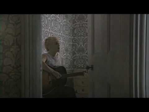 Cross Your Fingers - Crawled Out Of The Sea (Clip) - Laura Marling