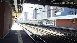 苗穂駅での列車通過シーン