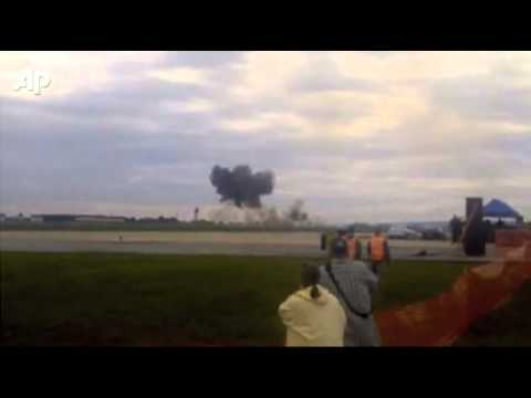 Raw Video: Pilot Dies in W. Va. Air Show Crash