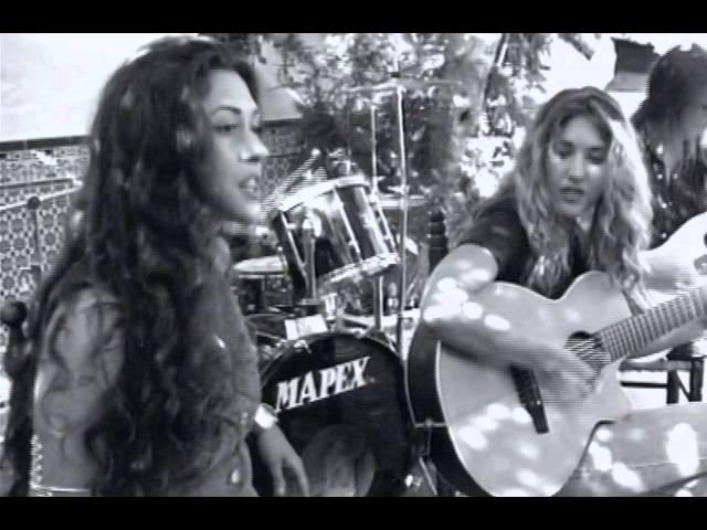 ella-baila-sola-lo-echamos-a-suertes-official-music-video-ella-baila-sola-catalogo