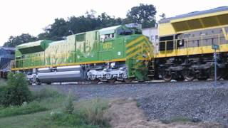 NS 961 Norfolk Southern Heritage Locomotives roll through Asheville, NC
