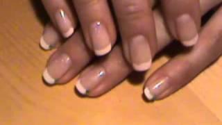 Jeszcze raz: roznice, french i american manicure